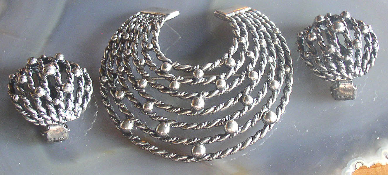 Napier Silver Tone Demi Parure Earrings Brooch Pin