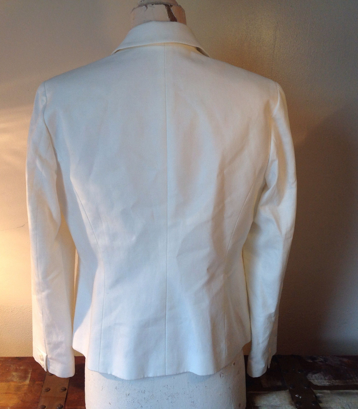Sigrid Olsen White Blazer Two Flower Snapped Closure Two Front Pockets Size 10P
