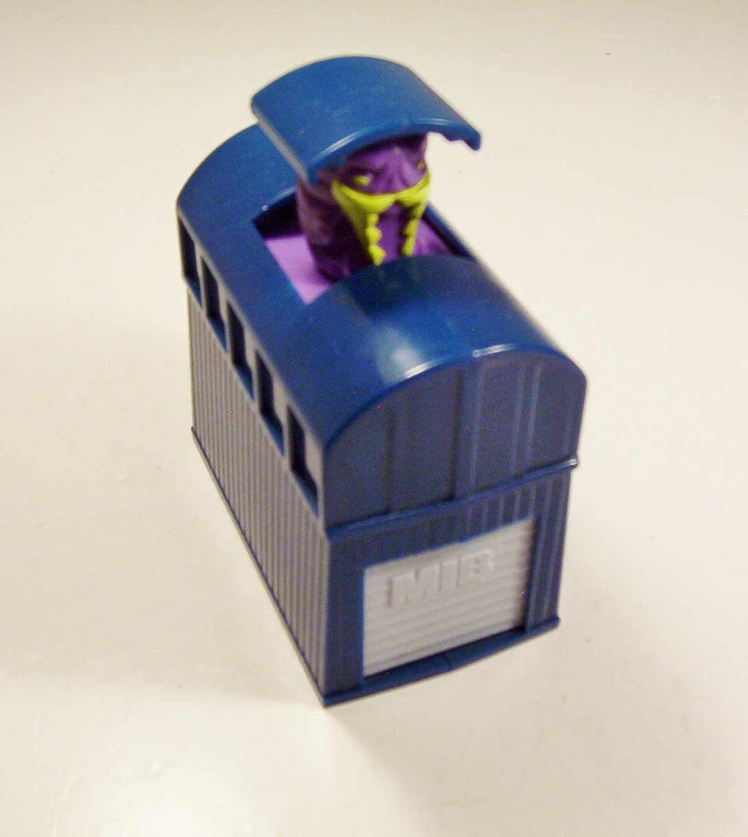 Primary image for Men In Black Blue Building Buster Purple Alien Pop Up Burger King 1998