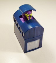 Men In Black Blue Building Buster Purple Alien Pop Up Burger King 1998  - $6.99