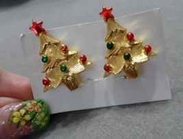 Gold tone Christmas Tree clip earings - $6.95