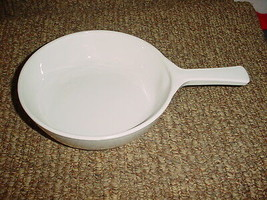 Corning Ware Winter Frost White Microwave Browning Skillet MW-83-B Free Shipping - $23.36