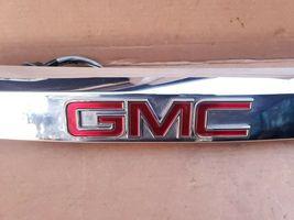 07-12 GMC Acadia Rear Tail Finish Emblem Panel Trunk Trim w/  Camera image 4