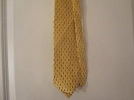 Bill Blass Men's  Necktie, 100% Silk ,Yellow with Black Geometric Print 58X3.75 - $4.90
