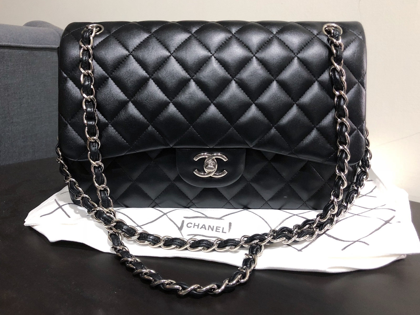 5f19f1c90e4339 100% Authentic Chanel BLACK QUILTED LAMBSKIN JUMBO CLASSIC DOUBLE ...