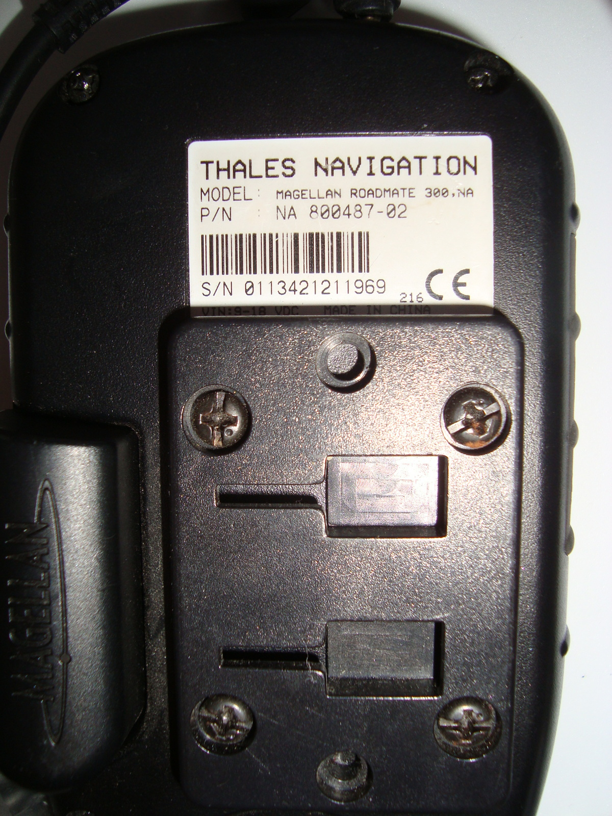 "Magellan RoadMate 300 Automotive Mountable GPS Receiver Thales Navigation 3.5"""
