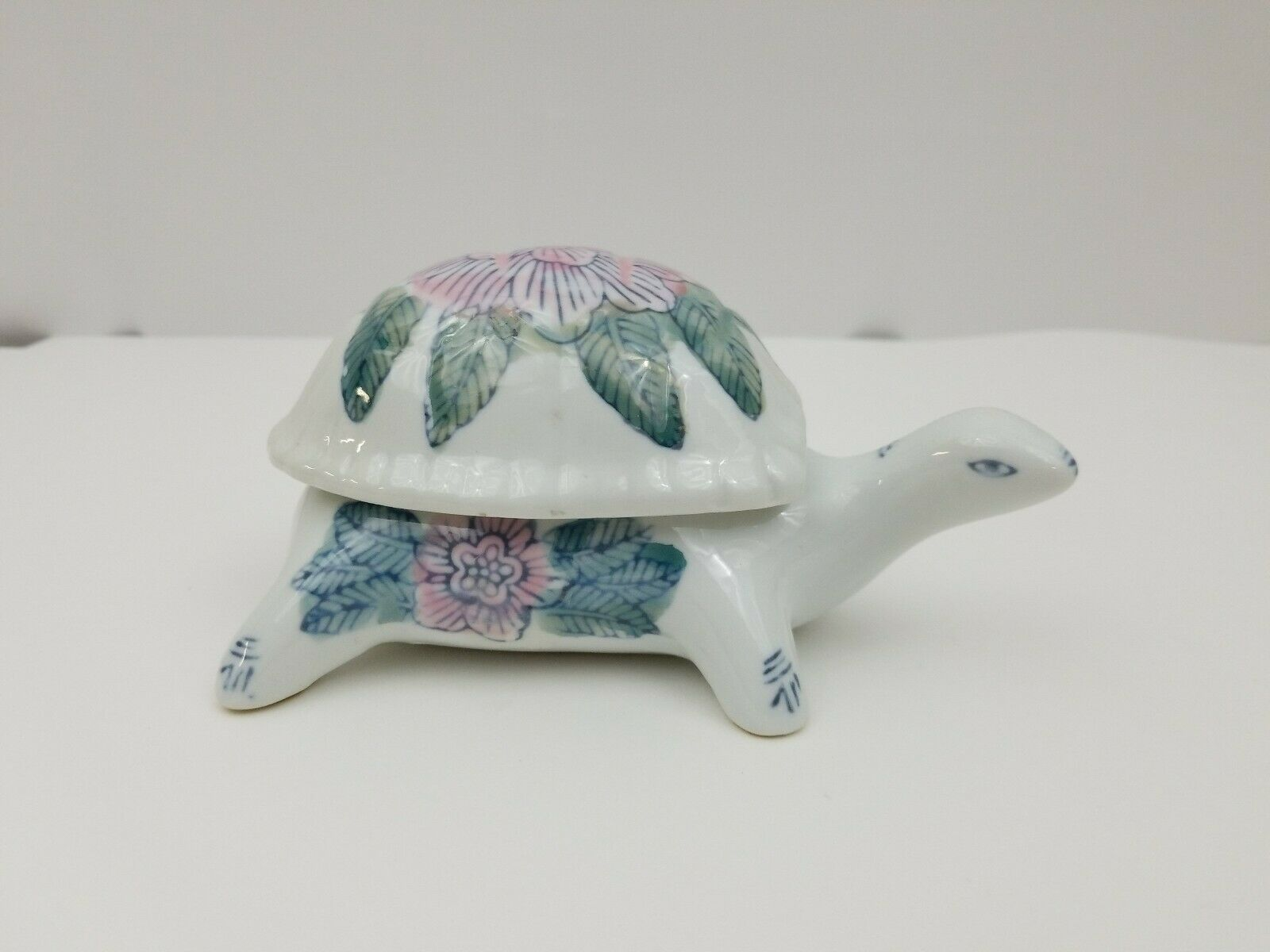 "Primary image for Ceramic Turtle 6"" x 4"" Hand Painted Shell Detachable Lid Vintage Jewelry Storage"