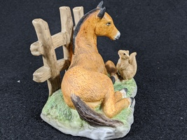 Vintage Homco Horse and Squirrel Ceramic Bisque Figurine image 2