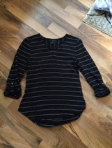Gap Black White Stripe size XS Loose Popover Blouse Shirt Tail Hem Vee Neck - $16.69