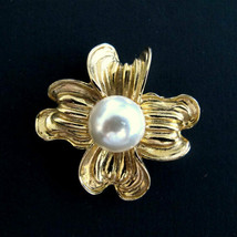 Vintage Donald Stannard Gold Tone & Pearl Dogwood  Flower Brooch  - $32.00