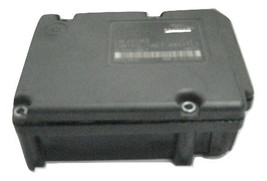 >EXCHANGE< 1999 2000 Volvo V70 C70 S70 ABS Pump Control Module 9472971 &gt - $149.00