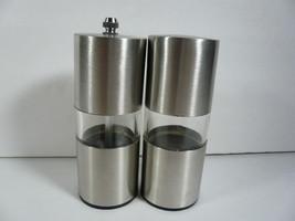Stainless Steel Pepper Grinder & Salt Shaker - £8.14 GBP