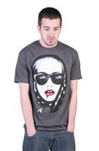 Tavik Hombre Gris Carbón Celos Mujer Bufanda Labios Sangre Camiseta Nwt image 1