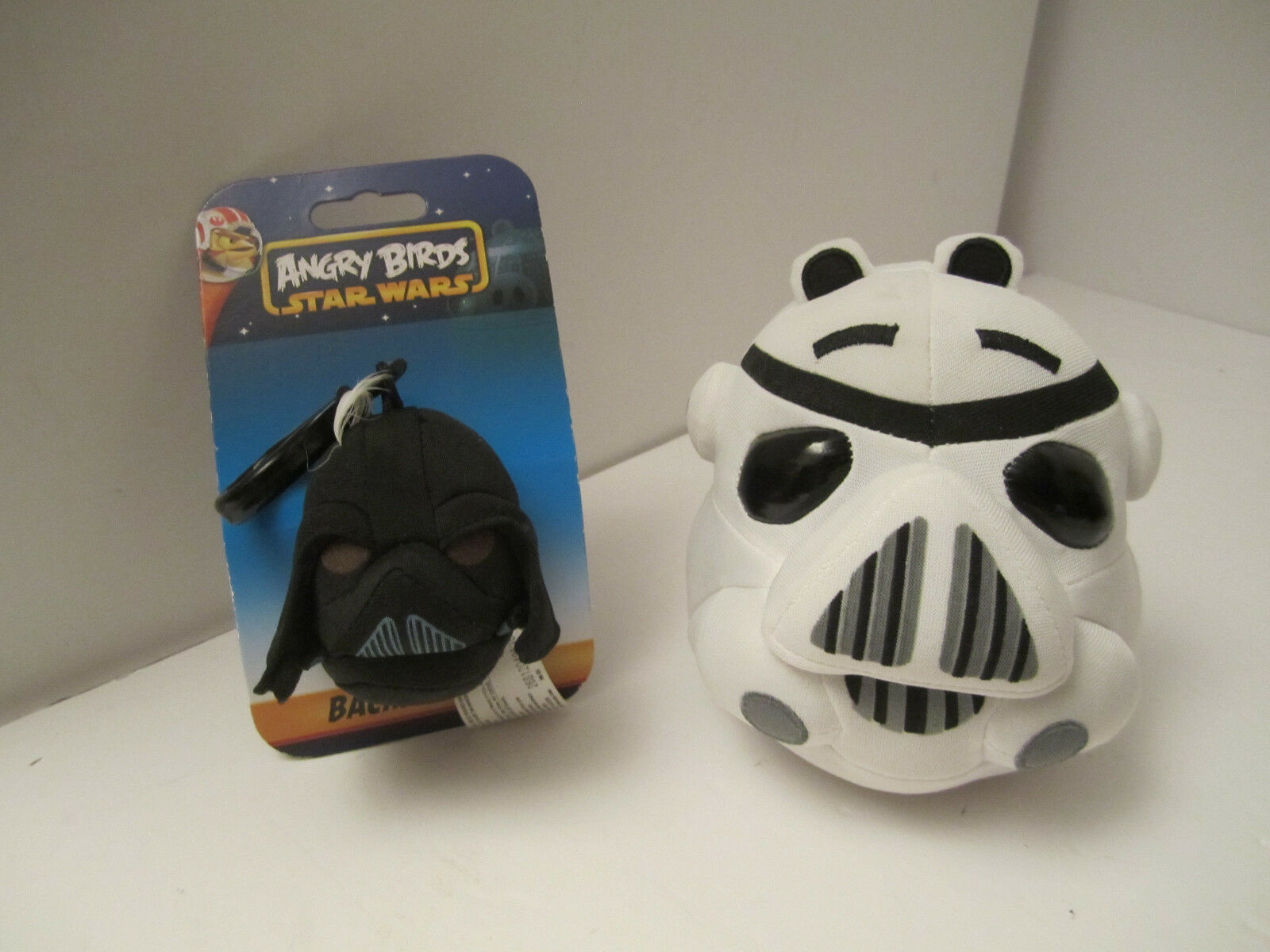 Primary image for Angry Bird Star Wars Plush Stormtrooper Pig + Darth Vader Clip NM PRE-OWNED