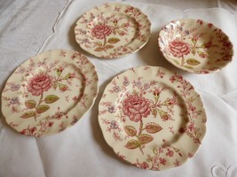 4 Johnson Brothers Rose Chintz Made In England Fruit Dessert Bowl & Bread Plates - $35.64