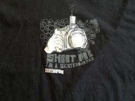 Shoot Me I'm A Skateboarder Skateboarding Magazine T-Shirt Zumiez Tour - $2.84