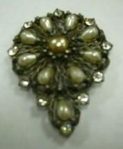 Very vintage unmarked brooch has faux pearls & clear rhinestones - $9.90