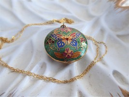 Butterfly Necklace 1970s Chinese Cloisonne Green Enamel Necklace Puffy P... - $36.00