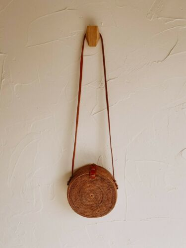Primary image for Round Rattan Purse