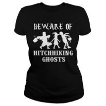 Beware of Hitchhiking Ghosts T-shirt (Women, L) - Halloween Shirts Gifts... - €17,05 EUR