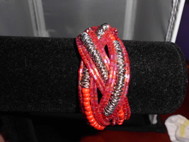 Vintage Silver Tone Pink & Red Beaded Wired Clasp Bracelet - $7.43