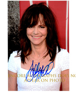 SALLY FIELD  Authentic Original  SIGNED AUTOGRAPHED PHOTO w/ COA 303 - €38,67 EUR