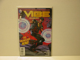 VIBE #1 AND #5 - NEW 52  FIRST RUN + ALL FLASH #1 - FREE SHIPPING - $11.30