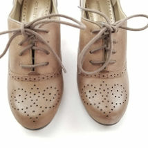 Vittadini Womens Size Up Heels 7 Lace Adrienne Dune Oxford Pennsville dCUqdwa