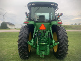2017 John Deere 7210R Tractor FOR SALE IN Ubly, MI 48475 image 4