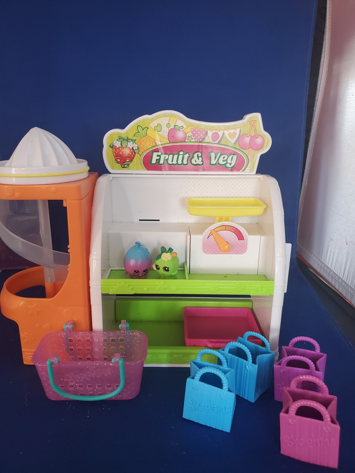 Shopkins Easy Squeezy Fruit & Veg Stand Playset  - $12.00