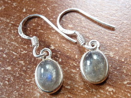 Small Labradorite Oval Ellipse 925 Sterling Silver Dangle Earrings New 760t - $11.87