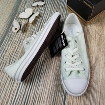 New in box CONVERSE womens Chuck Taylor All Star dainty low top sneakers - $37.50