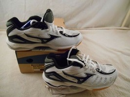 Mizuno ( Wave Rally 4 ) New in Box ( White / Black ) VOLLEYBALL, GYM Shoes - $44.99