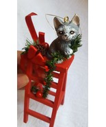Silvestri Christmas Kittens #4286 Kitten on ladder 1990 Xmas tree ORNAME... - $14.70