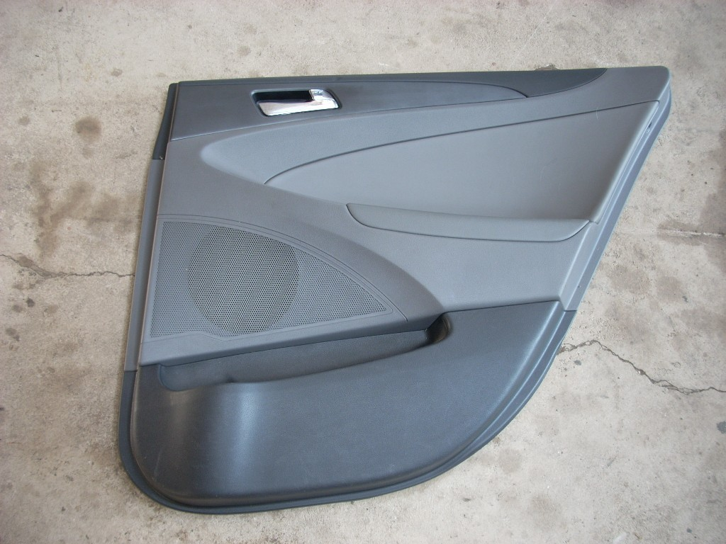 2011 2012 2013 2014 HYUNDAI SONATA RIGHT REAR DOOR TRIM PANEL OEM
