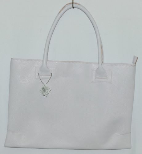 Mainstreet Spring Collection HBCH3903 Charleston Handbag Color White