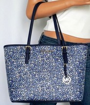 NWT MICHAEL KORS JET SET TRAVEL MEDIUM CARRYALL TOTE SHOULDER BAG NAVY F... - $98.99
