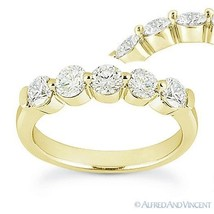 Round Cut Forever ONE D-E-F Moissanite 14k Yellow Gold 5-Stone Band Wedd... - €615,01 EUR+