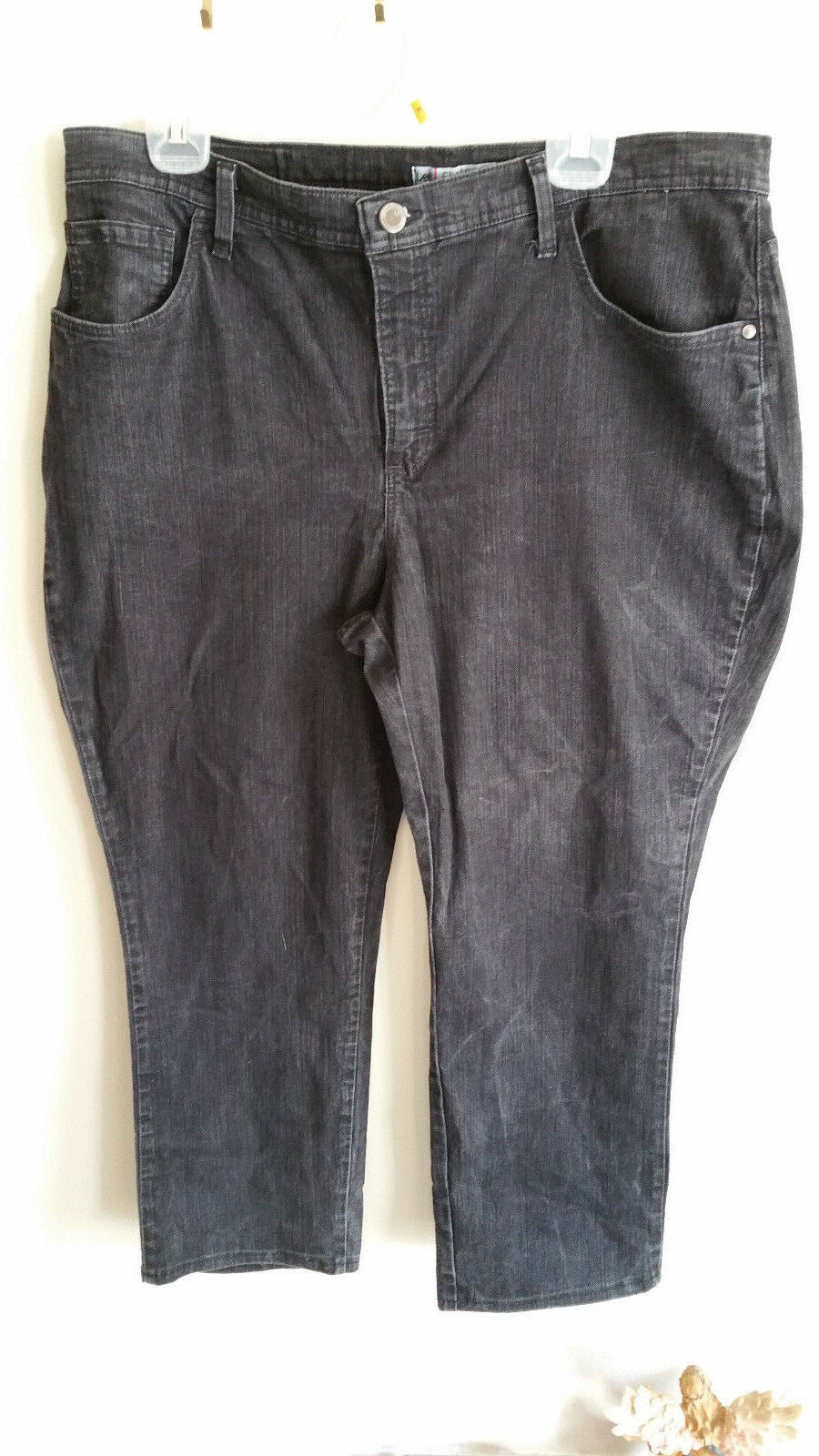 Plus size Petite 18W  Lee Jeans Classic Fit Dark Wash Stright Leg  image 4