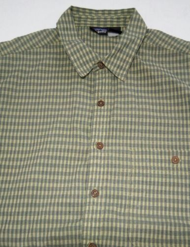 Patagonia Men's Green L short-sleeve button-down checkered Breast Pocket shirt image 4