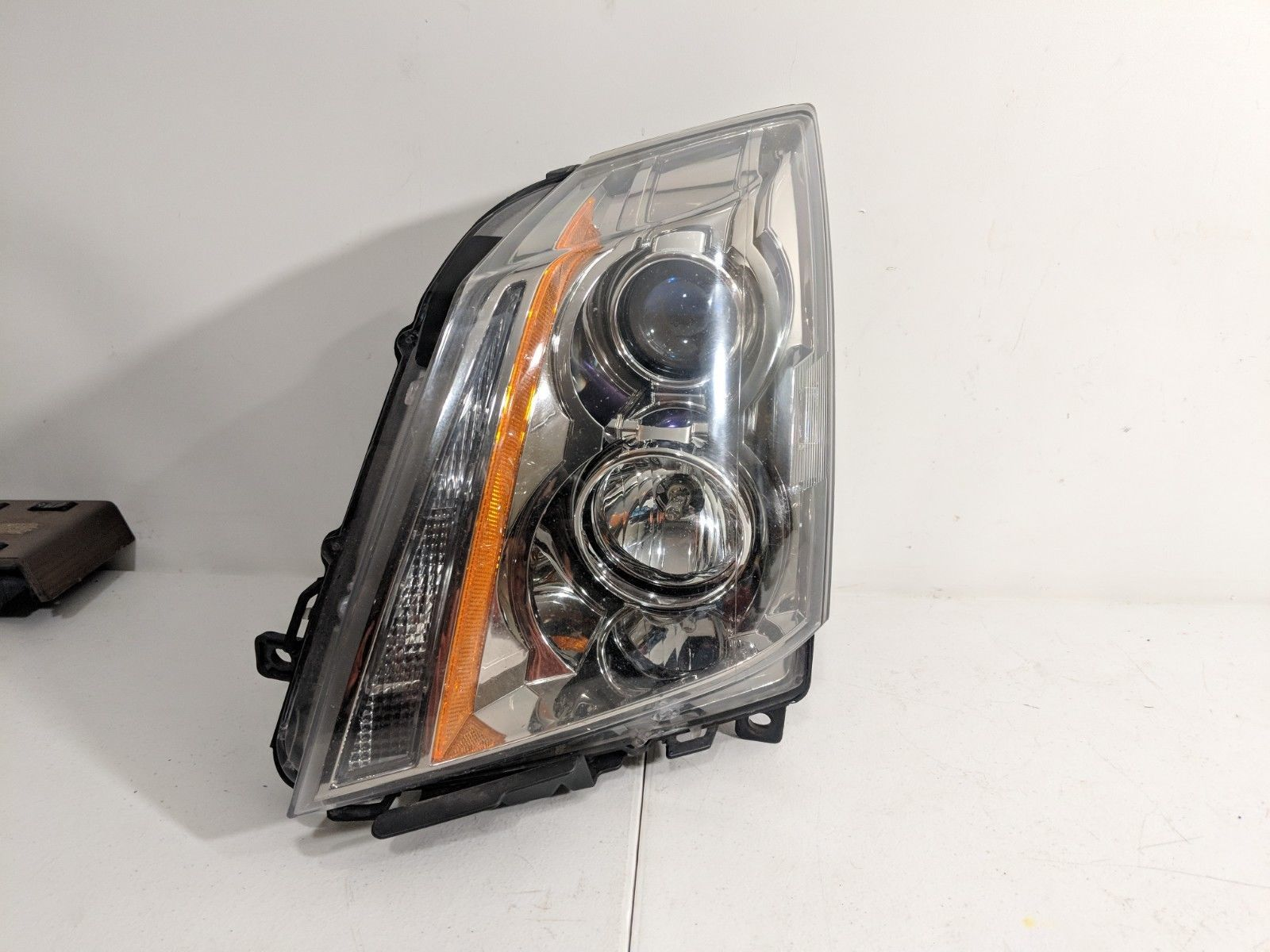 Primary image for 2008-14 Cadillac CTS HID Headlight w/ Bulb & Ballast LH Driver OEM