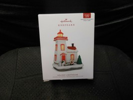 "Hallmark Keepsake ""Holiday Lighthouse"" 2018 Light Ornament NEW 7 in Series - $11.83"