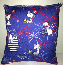 Snoopy Pillow Charlie Brown, Patriot Snoopy Red, White,Blue, Snoopy Hand... - $9.99
