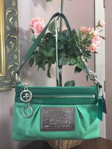 Coach Poppy Wristlet Bag  Green Patent Leather 42855 B14 - $49.49