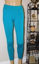 Reebok Women's Teal Workout-Ready PlayDry Capri Leggings Size: L