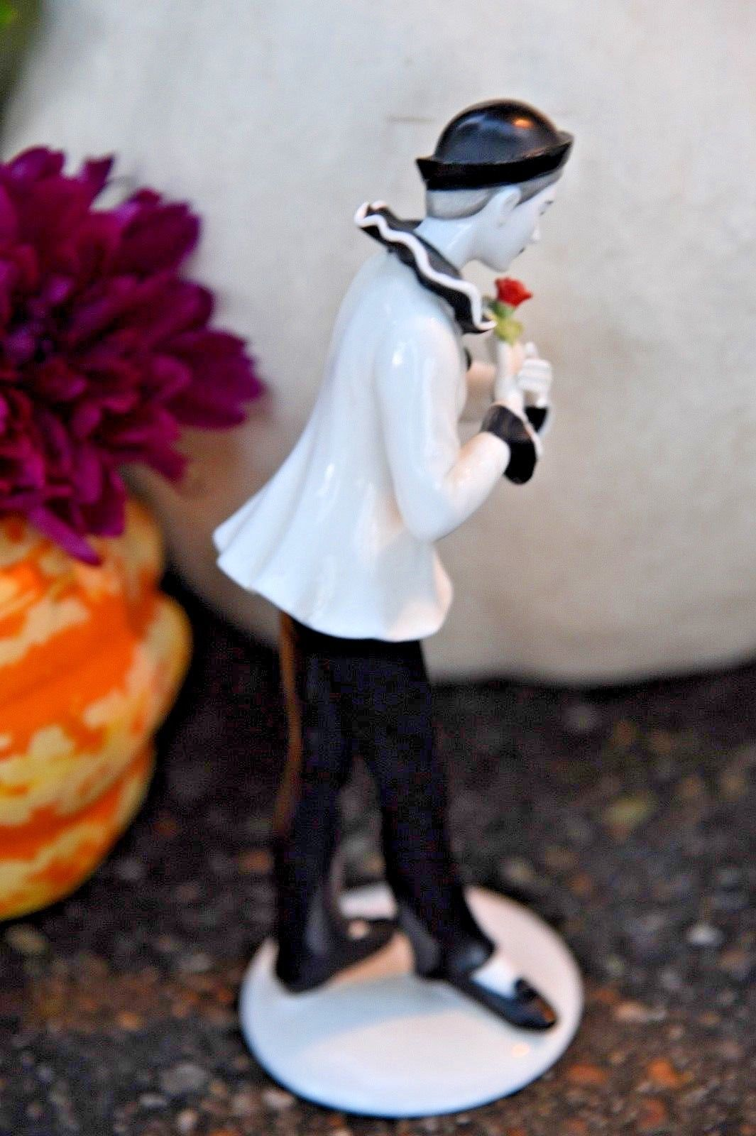 """Lenox """"The Suitor"""" The Classic Mime Collection 1988 Figurine Porcelain Figurine"""