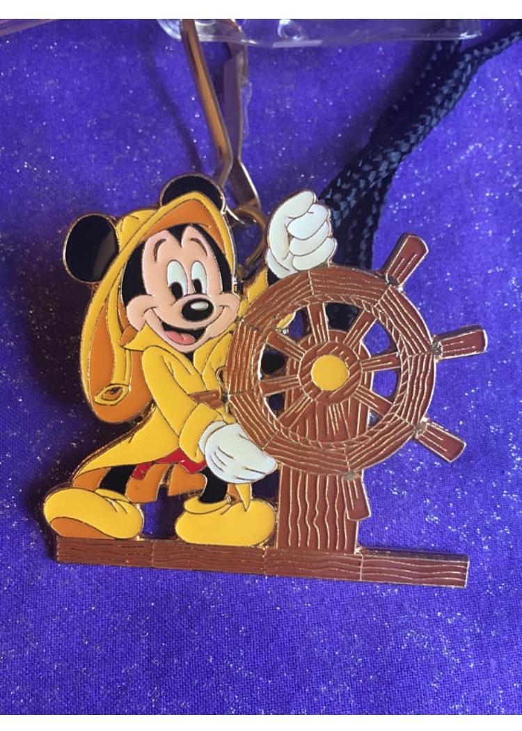 Walt Disney World Wide Conservation Fund Stingray Adventure Castaway Ray/'s Pin!