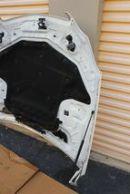 06-11 MERCEDES W219 CLS500 CLS550 CLS55 CLS63 CLS63 AMG Hood w/ Hinges & Shocks. image 8