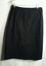 Gap black cotton blend knee length wrap skirt size 6 - $12.38