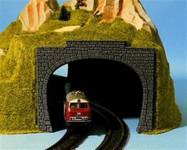 Noch 60020 Tunnel entrance dbl    2/  H0 Scale - $14.46